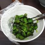 武蔵家 - 「武蔵家 川口店」きゅうりのきゅーちゃんはデフォで卓上に常備されていた!