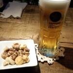 バッカス - 生ビール+お通し