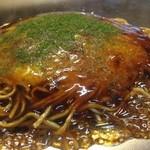 門天 - 料理写真:広島お好み焼き   850円