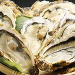 漁火 - 殻付牡蠣焼