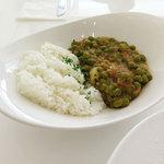 NOSSA gallerybar&dining - ランチ「じゃがいもとグリーンピースのチキンライス」
