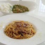 NOSSA gallerybar&dining - ランチ「ミートパスタ」