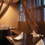銀座 海老料理&和牛レストラン マダムシュリンプ東京 - 【4階別フロア】【ゆったりカーテン付テーブル席】2名~12名様