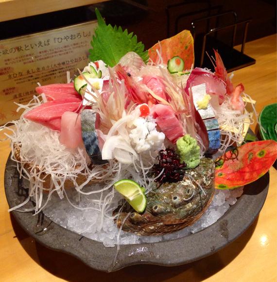 鮮魚旬菜 吉 - お造りの盛り合わせ