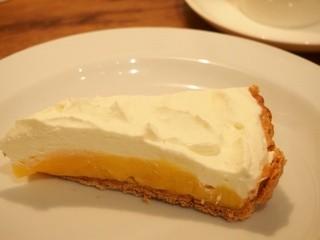 カフェ マメヒコ 公園通り店 - マメヒコの檸檬ケーキ