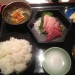 31984256 - 中トロ刺身定食(限定10食) 1000円