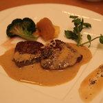 洋食屋アニバーサリー 永遠 - お肉料理