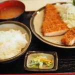 丸和 - 1200えん『ランチ とんかつ定食』2014.10