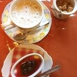 バル・レストランテ・ラ・パセオ - monmo推薦イタリアンレストラン【ラ・パセオ】スペイン風の佇まい!ランチセットのデザートとカフェオレ♪