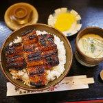 志げ家 - うな丼(2800円)