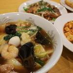 品珍園 - 五目そば、海鮮そば、野菜タン麺など、野菜や海鮮を楽しめる麺類メニューも充実しています