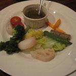 アクアヴィータ - 温かい野菜のバーニャカウダ 1000円