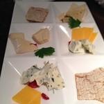 32020146 - チーズの盛り合わせ