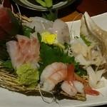和彩処 旬 - 料理写真:刺身5点盛り