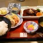 32024287 - 日替わり定食  煮魚 (864円→540円)♪