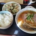 三喜食堂 - 中華そば定食720円
