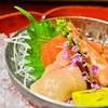 よろづや - 料理写真:お造り 長野県産信州サーモン 須賀川産大岩魚翁〆 天使の海老