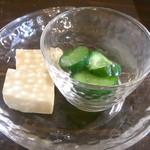 cafe なかちよ - 胡瓜のお漬物・高野豆腐☆♪
