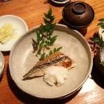 魚料理 ろっこん - 焼魚御膳   1,100円