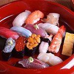 親方おまかせのにぎり寿司  13貫