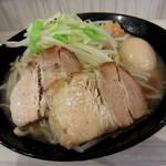 麺バカ息子 - 豚醤油ラーメン\700円