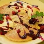 花梨 - ベリーヨーグルトパンケーキ