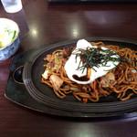 和風らーめん 十和田 - 焼きそば^_^歯応えのある太麺でしっかりとソースが絡んで美味しい(^^)