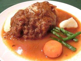 ロシヤ料理 ラルース - ランチセット 2820円 のキャベツロール<限定20食>