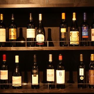 ■ワイン35種類以上常備