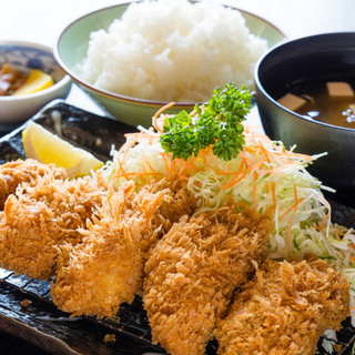 広島産大粒カキ使用の手作りカキフライ・大好評ビックリサイズ‼