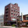 Kusano - 外観写真:レンガ風の壁のホテル・くさのイン北上隣が当レストランです!