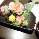 SYURAKU - オススメ品 赤貝¥390