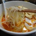 エビス新東記 - ラクサの麺アップ