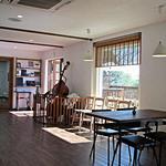 カフェ ホワイト ガーデン -