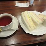 三輪 - ミックスサンド&紅茶