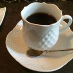 32070860 - 食後のコーヒーはマイセンのカップで