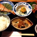 おさかな家 佐藤 - おさかな家御膳1000円