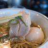 ロックンビリーS1 - 料理写真:尼ロック全部のせの鶏チャーシュー