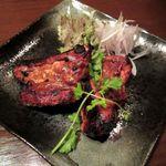 DINING BAR TALAHT - 骨付き豚スペアリブの直火焼き(2014/10/29撮影)