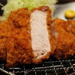 銀座平田牧場 - 金華豚 特厚ロース 200g 3,000円 2014.10.3x