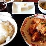 中華居酒屋 庶民 - 料理写真:とり唐揚油淋ソースかけ定食650円