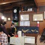 小川菊 - 昔の農家のような店内・・・