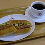 CAFE&PAN 汎茶 - 料理写真:モーニングセット ホットドックセット(ドリンク付き)         単品注文できます。