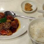 32092060 - 酢豚定食(これに杏仁豆腐が付きます)