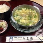 新喜楽 東店 - 鴨鍋定食(880円)。