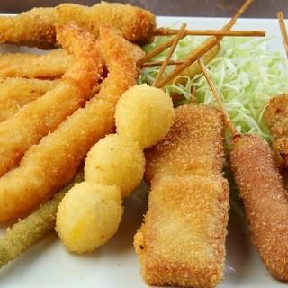 串カツ、串焼き