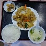 華豊 - 八宝菜定食(ランパス)