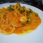 32116125 - オクラと海老のクリームトマトスパゲティ