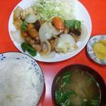 きがる食堂 - 2014.10本日のランチ、スブタ定食(550円)