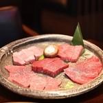 松阪苑 - 料理写真:特撰一頭盛り